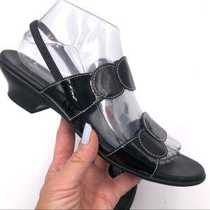 Munro Black Leather Circle Comfort Sandal 10N